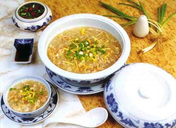 Cách nấu món súp tổ yến sào thịt gà xé