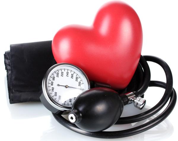 Người bị cao huyết áp có nên ăn tổ yến sào hay không?